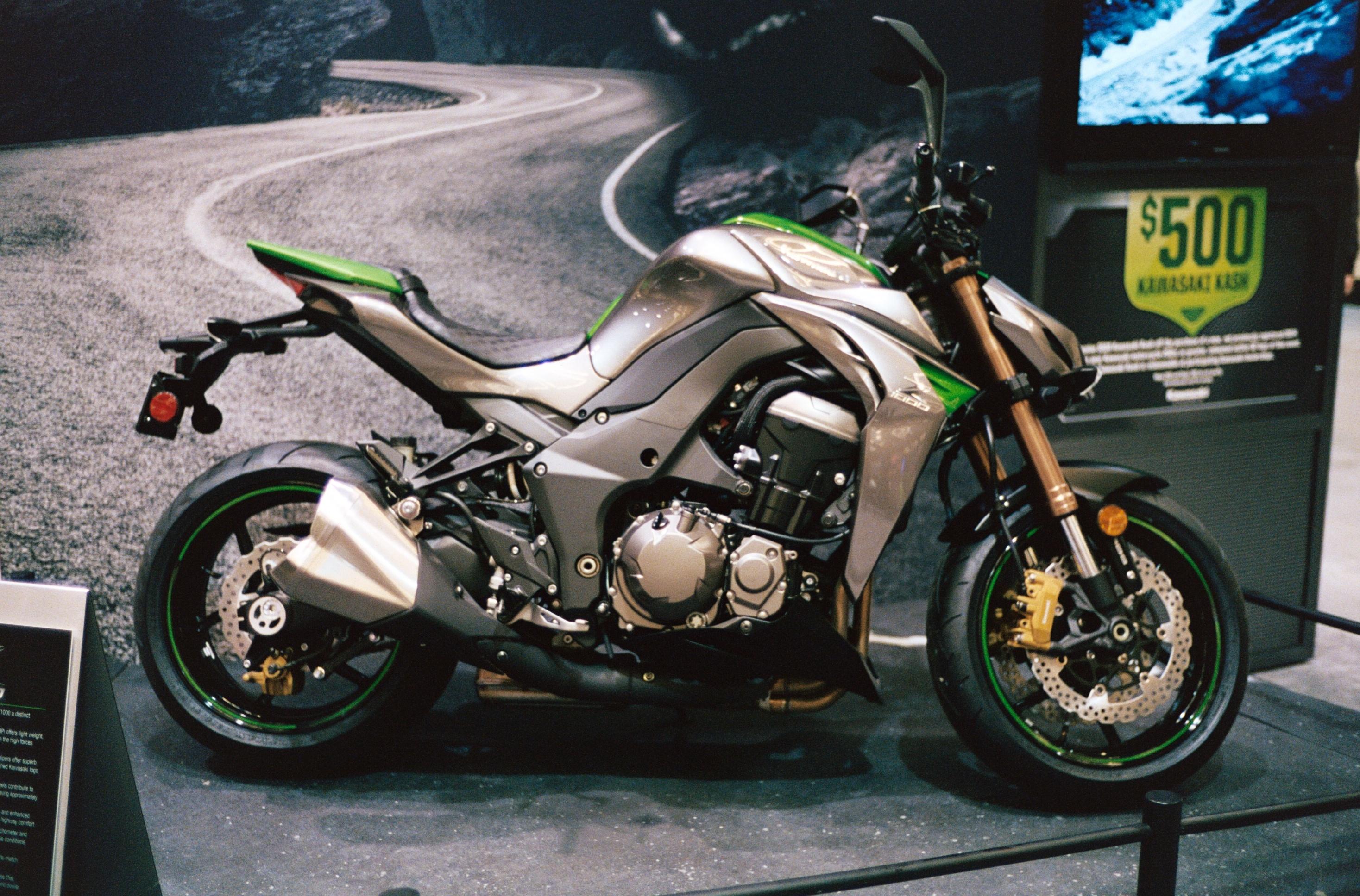 moto légende kawasaki