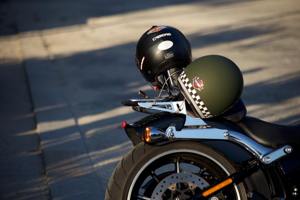 casque moto norme 22-06